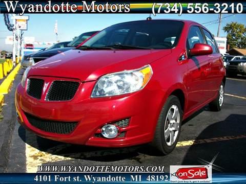 2009 Pontiac G3 for sale in Wyandotte, MI