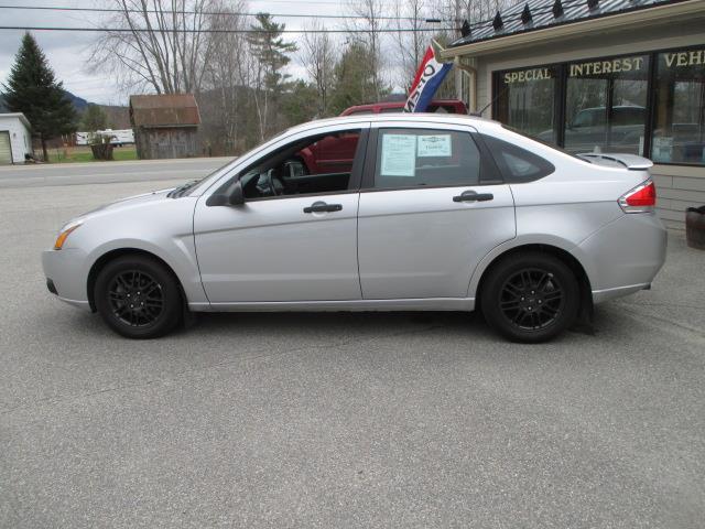 2011 ford focus se 4dr sedan in lancaster nh schurman. Black Bedroom Furniture Sets. Home Design Ideas