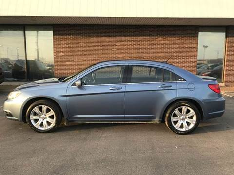 2011 Chrysler 200 for sale in Springfield, IL