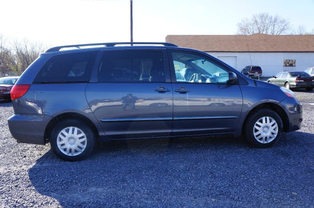 2006 Toyota Sienna Le 7 Passenger 4dr Minivan In Moosic Pa
