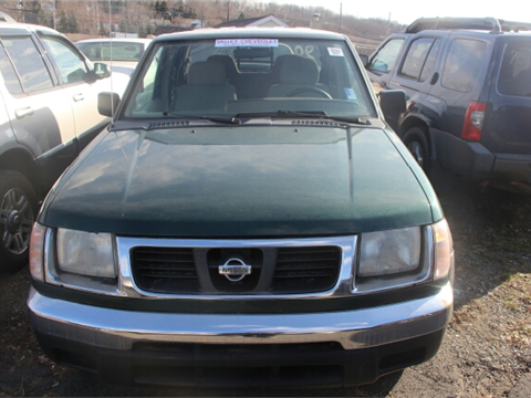 2000 Nissan Frontier for sale in Moosic, PA