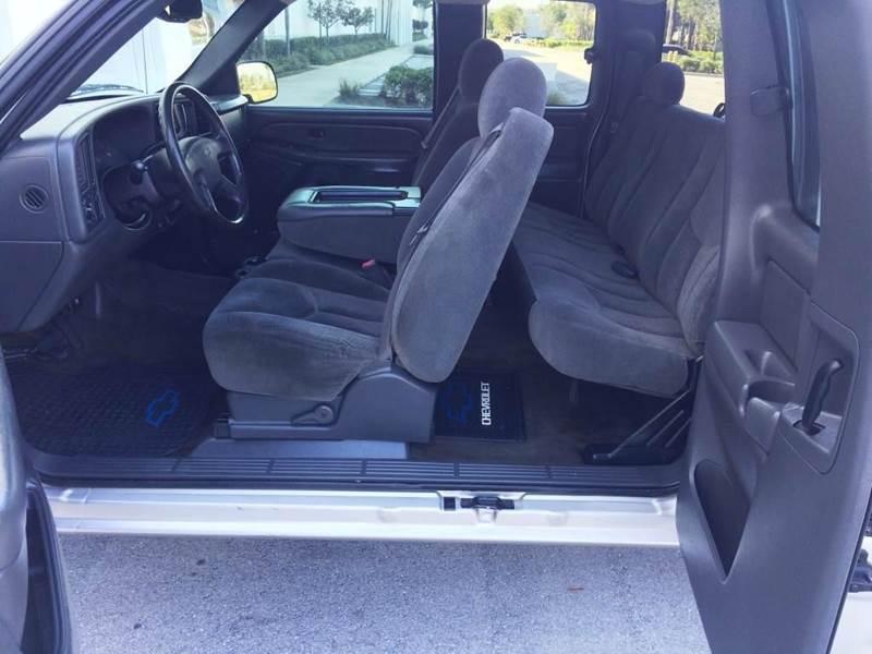 2004 Chevrolet Silverado 1500 4dr Extended Cab LS Rwd SB - Pompano Beach FL