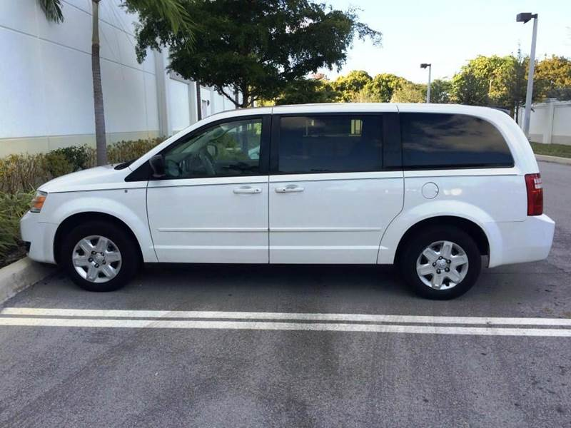 2009 Dodge Grand Caravan SE 4dr Mini-Van - Pompano Beach FL