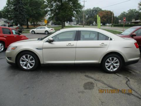 2010 Ford Taurus for sale in Canton, OH