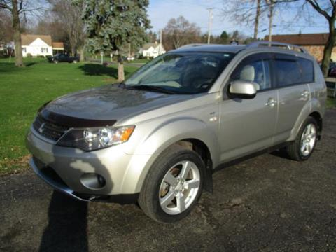 2008 Mitsubishi Outlander for sale in Canton, OH