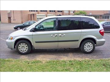 2005 Chrysler Town and Country for sale in Canton, OH