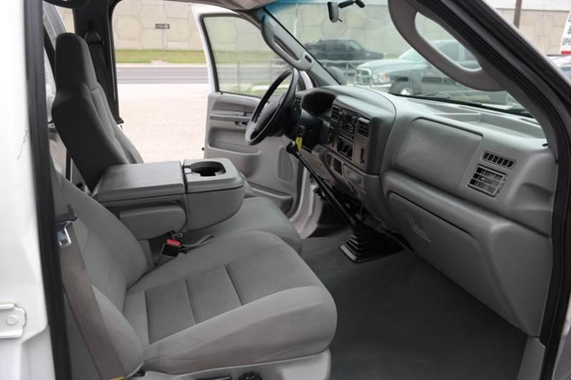 2004 Ford F-250 Super Duty 4dr Crew Cab XLT 4WD LB - San Marcos TX