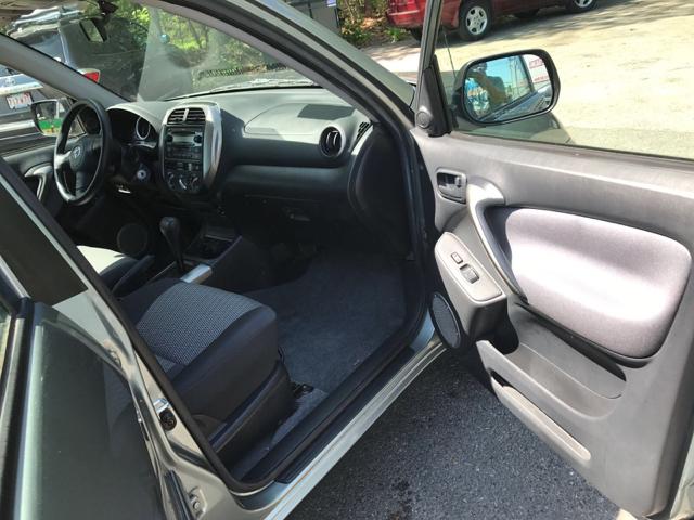 2004 Toyota RAV4 Base Fwd 4dr SUV - Weymouth MA