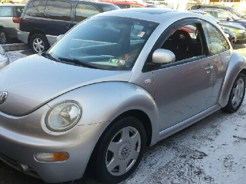 2000 Volkswagen New Beetle for sale in Highspire, PA
