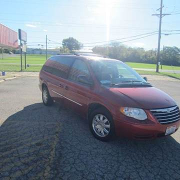 2007 Chrysler Town and Country for sale in Fairfield, OH