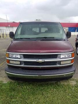2000 Chevrolet Express Passenger for sale in Fairfield, OH