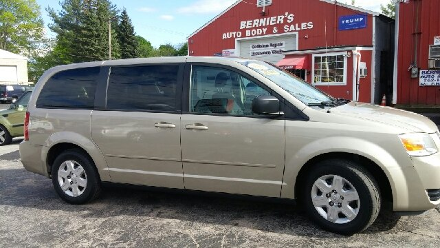 2009 Dodge Grand Caravan SE 4dr Mini-Van - Woonsocket RI