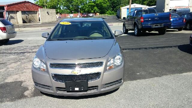 2008 Chevrolet Malibu LT 4dr Sedan w/2LT - Woonsocket RI