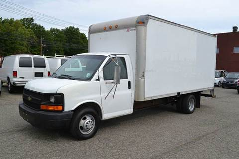 2005 Chevrolet Express Cutaway for sale in Bloomfield, NJ