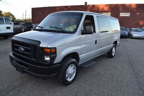 2008 Ford E-Series Wagon for sale in Bloomfield, NJ