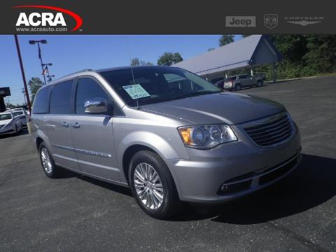 2015 Chrysler Town and Country for sale in Greensburg, IN