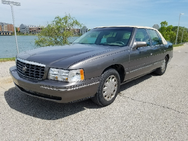 1999 Cadillac Deville car for sale in Detroit