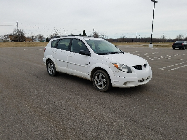 2004 Pontiac Vibe car for sale in Detroit