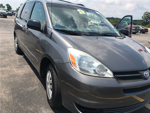 2005 Toyota Sienna for sale in Pittsburgh, PA