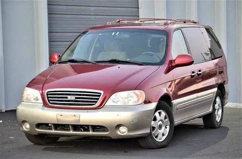 2003 Kia Sedona for sale in Englewood, CO