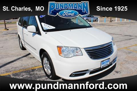 2011 Chrysler Town and Country for sale in Saint Charles MO