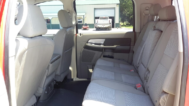 2008 Dodge Ram Pickup 2500 SXT 4dr Mega Cab 4WD SB - Haysville KS