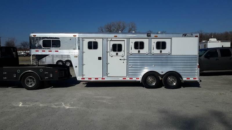 2003 4 Star 3 Horse Aluminum Slant  - Haysville KS