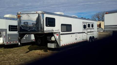 2005 Sundowner 3 Horse with LQ