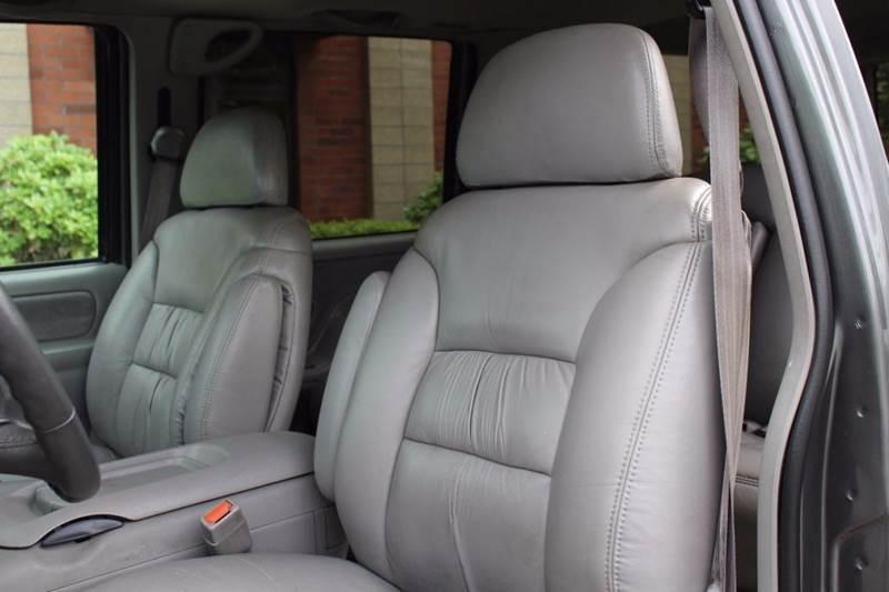 1999 Chevrolet Suburban 4dr K1500 LT 4WD SUV - Lynden WA