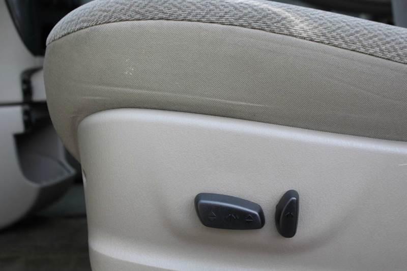 2006 Dodge Grand Caravan SXT 4dr Extended Mini-Van - Lynden WA