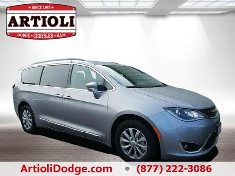 2017 Chrysler Pacifica for sale in Enfield, CT