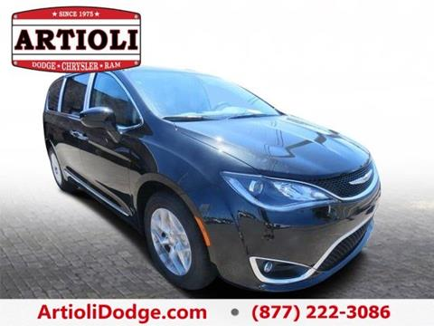 2017 Chrysler Pacifica for sale in Enfield CT