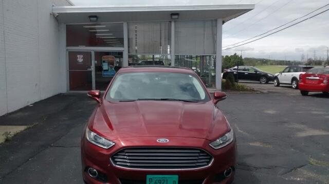 2014 Ford Fusion Titanium 4dr Sedan - Barrington IL