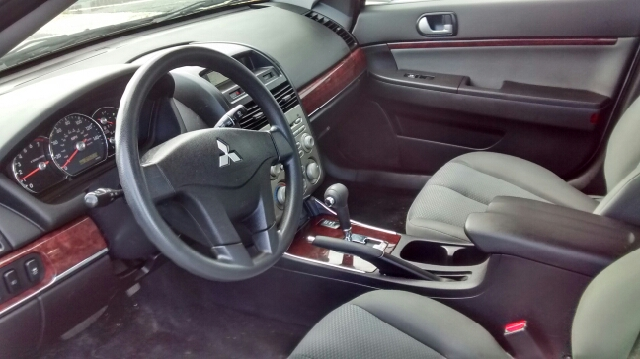 2011 Mitsubishi Galant ES 4dr Sedan - Barrington IL