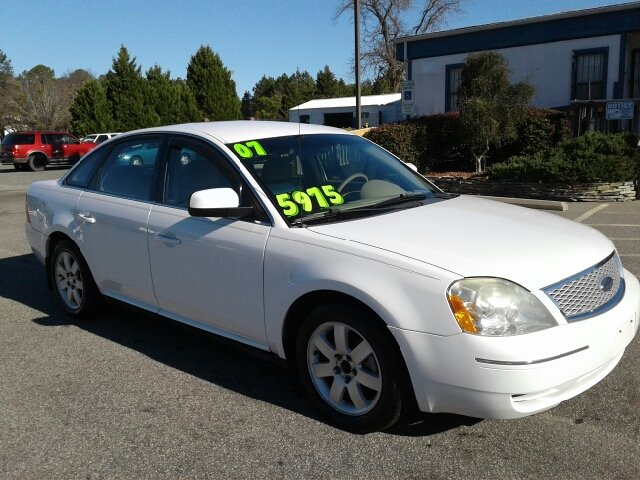 2007 ford five hundred sel 4dr sedan in fayetteville nc ecarsuperstore. Black Bedroom Furniture Sets. Home Design Ideas