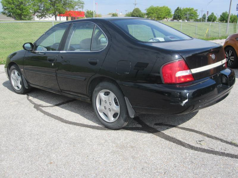 2001 Nissan Altima XE 4dr Sedan - Papillion NE