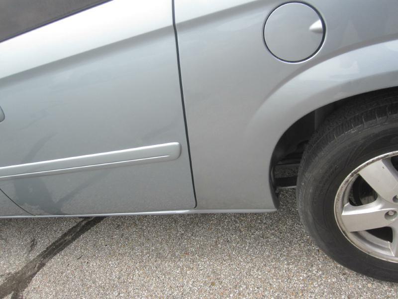 2006 Dodge Grand Caravan SXT 4dr Extended Mini-Van - Papillion NE