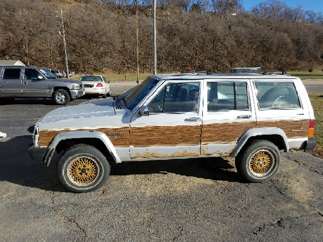 1988 Jeep Wagoneer for sale in Sioux City, IA