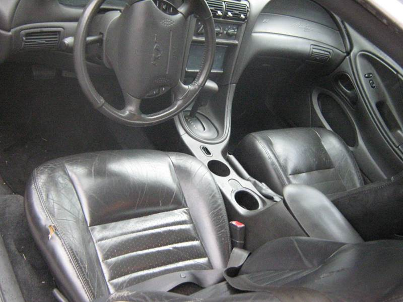 2002 Ford Mustang GT Deluxe 2dr Fastback - Newnan GA