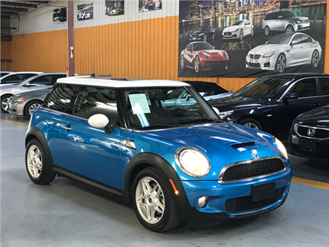 2009 MINI Cooper for sale in Houston, TX