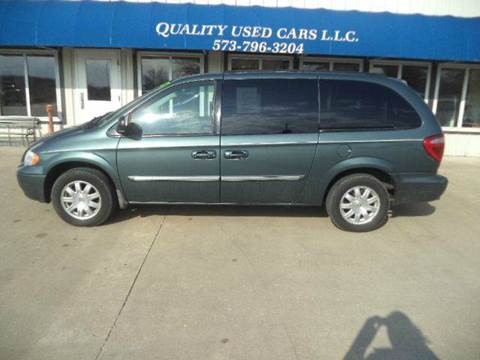 2007 Chrysler Town and Country for sale in California, MO