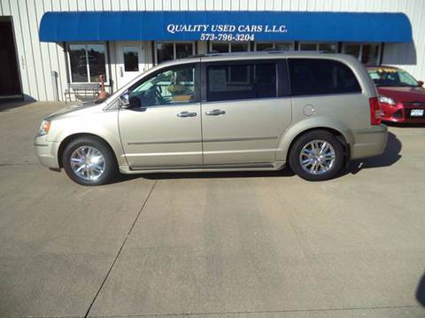 2009 Chrysler Town and Country for sale in California MO