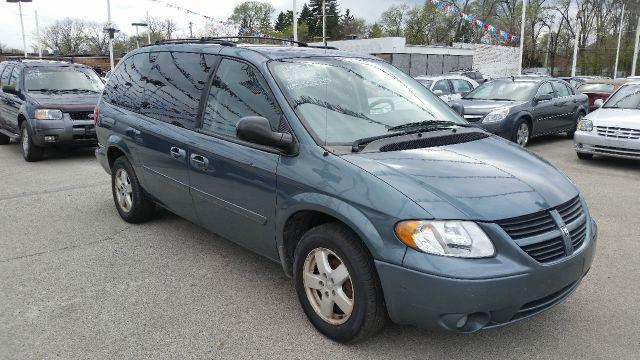 2007 Dodge Grand Caravan SXT 4dr Ext Minivan - Crestwood IL