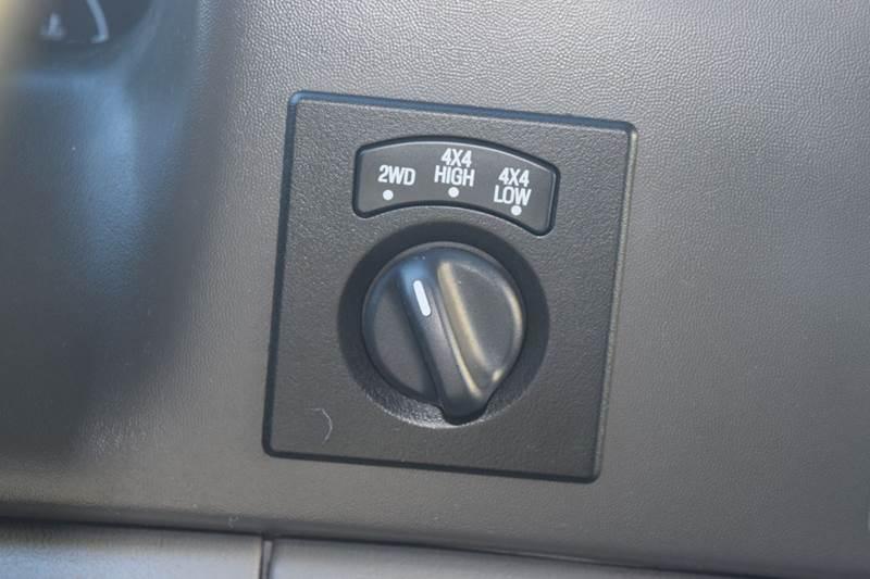 2003 Ford F-250 Super Duty 4dr Crew Cab XLT 4WD SB - Crestwood IL