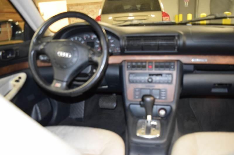1999 Audi A4 AWD 4dr 2.8 quattro Sedan - Crestwood IL