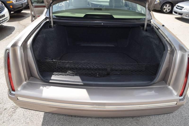 1999 Cadillac DeVille 4dr Sedan - Crestwood IL