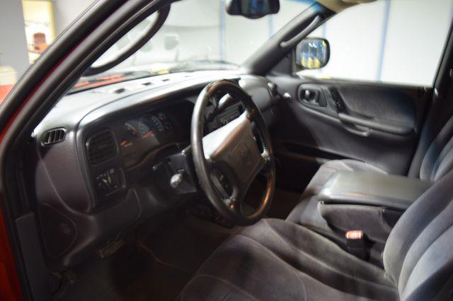 2000 Dodge Dakota 4dr Sport Plus 4WD Crew Cab SB - Crestwood IL