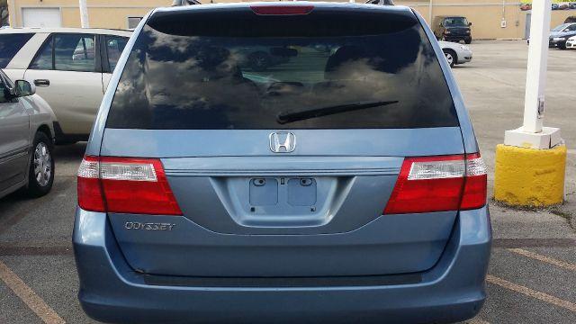 2006 Honda Odyssey EX-L w/DVD 4dr Minivan w/DVD - Crestwood IL