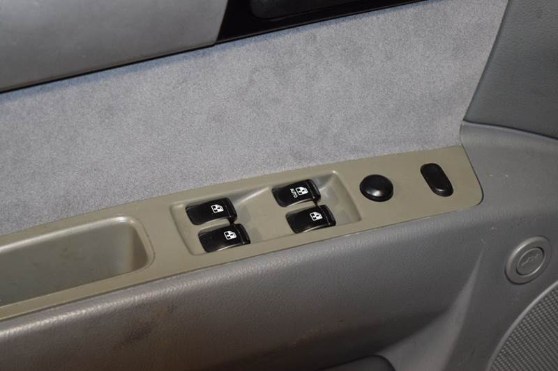 2006 Suzuki Forenza 4dr Sedan w/Automatic - Crestwood IL