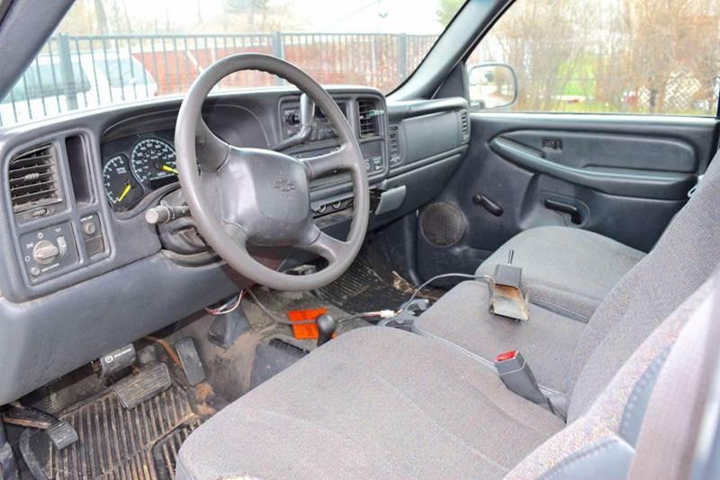 2001 Chevrolet Silverado 2500HD 2dr Standard Cab LS 4WD LB - Crestwood IL